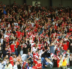 FC United crowd celebrates